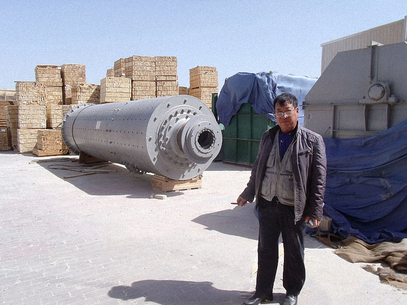 Material feed size and ball mill relationship